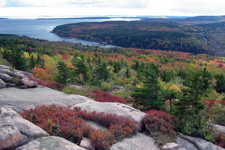Picture of Acadia National Park in Bar Harbor Maine in its fall foliage beauty