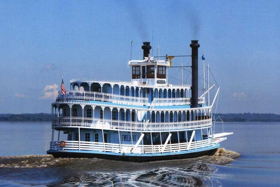 Picture of the Riverboat Twilight as it cruises the Mississippi River