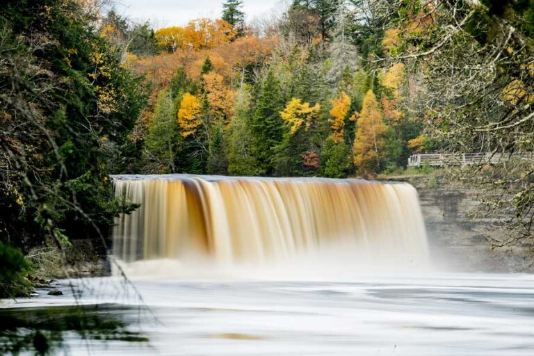 Picture of one of the waterfalls at Tahquamenon Falls
